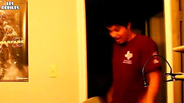 Terrible frayeur en entrant dans sa chambre
