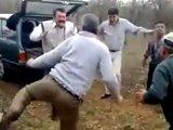 Battle de danse pour vieux dans les bois