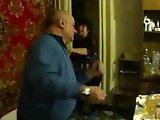 Papy russe met ko son petit fils