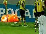 Footballeur manque de se faire exploser la…