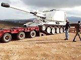 Charger un tank sur une remorque