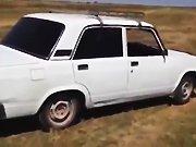 Un russe drift avec la voiture de son beau…