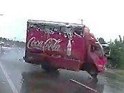 La belle récupération d'un camion coca-cola