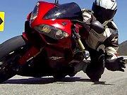 Un motard récupère sa GoPro