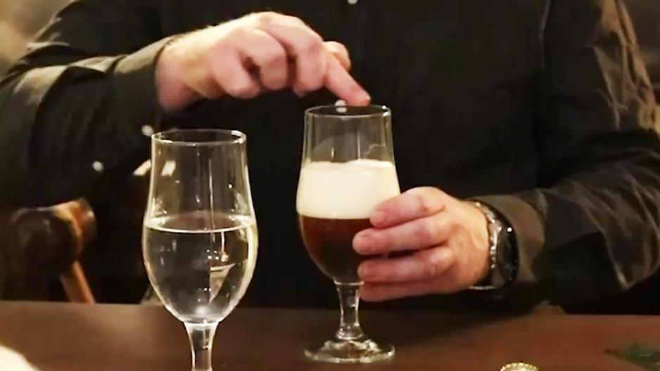 La différence entre l'eau et la bière