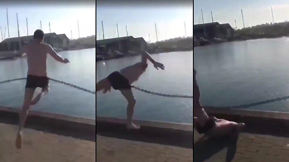 Un homme se jette à l'eau