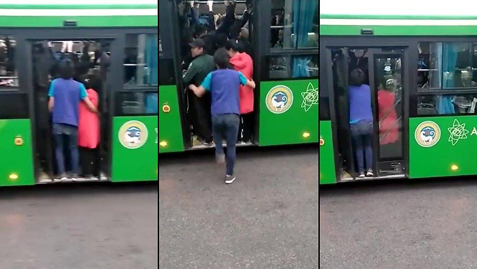 Comment entrer dans un bus plein