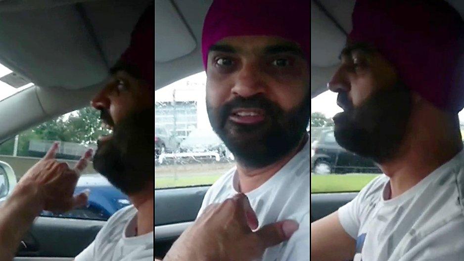 Un chauffeur de taxi indien