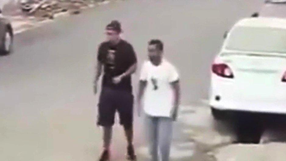 Deux voleurs braquent les mauvaises personnes